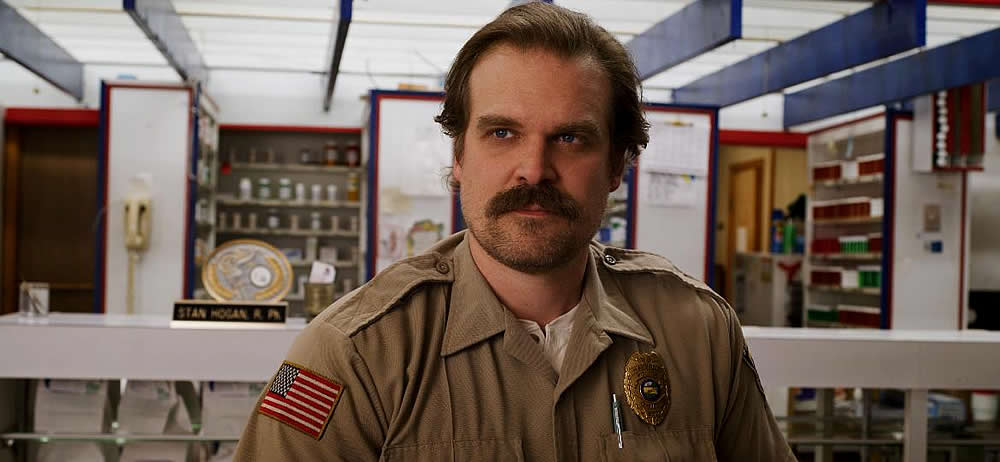 Xerife Hopper - David Harbour