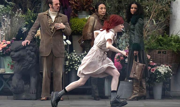Emma Stone como Cruella De Vil em novo filme