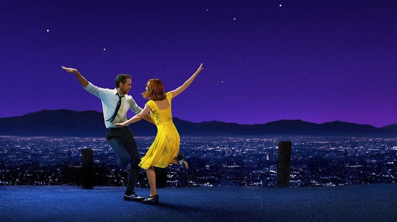 Emma Stone e Ryan Gosling em La La Land
