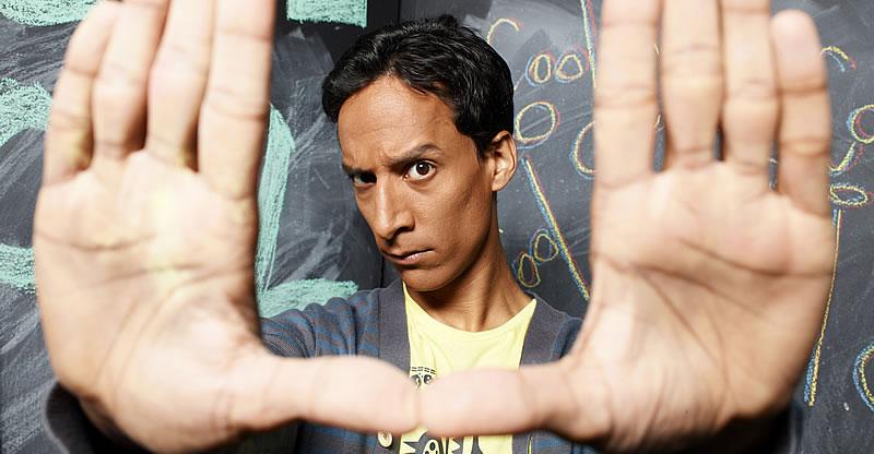 Abed Nadir, personagem de Danny Pudi em Community